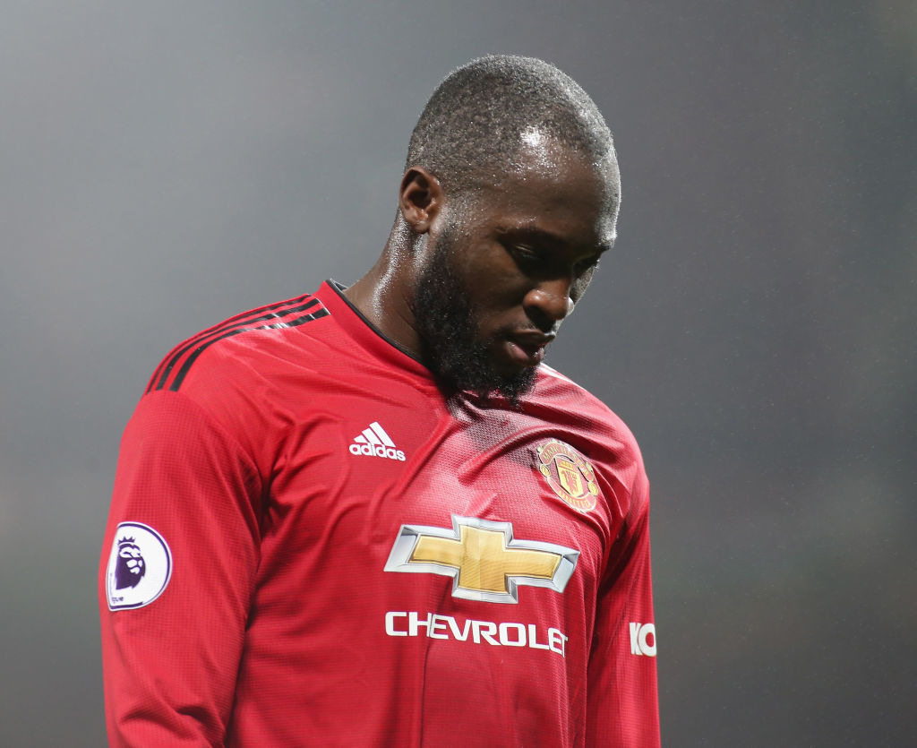 Romelu Lukaku considering transfer away from Manchester United
