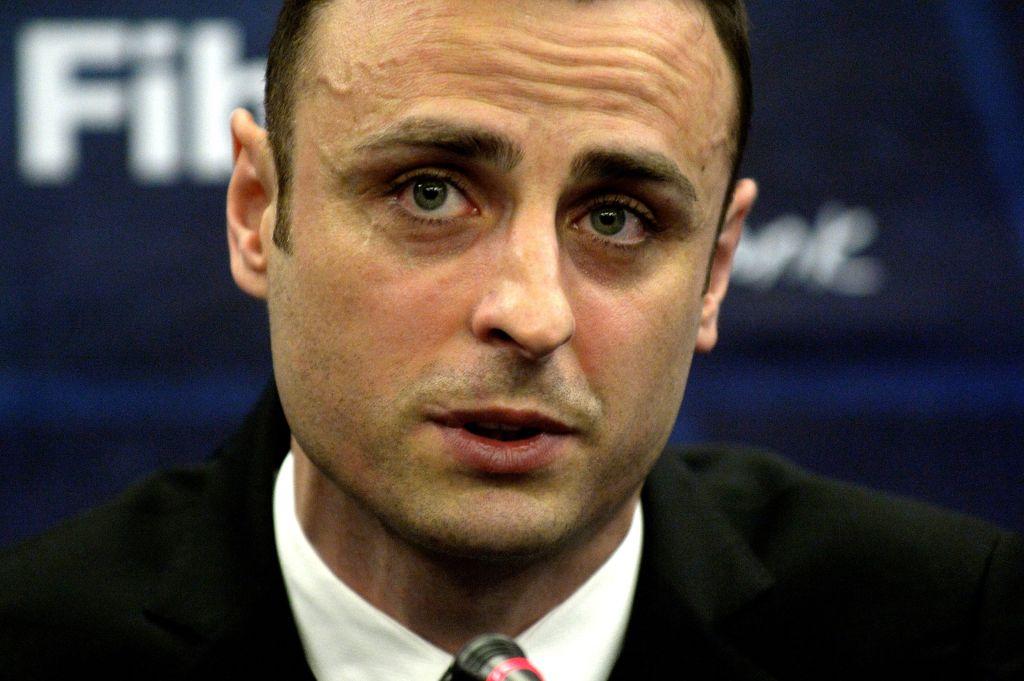 Chelsea, Arsenal and Tottenham all in the Premier League title race, says Dimitar Berbatov