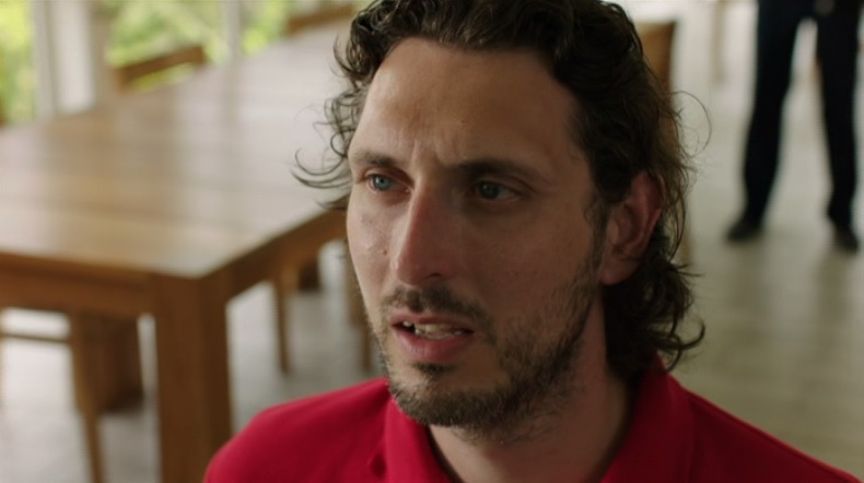 The Inbetweeners fans get a surprise as Blake Harrison turns up on Death In Paradise