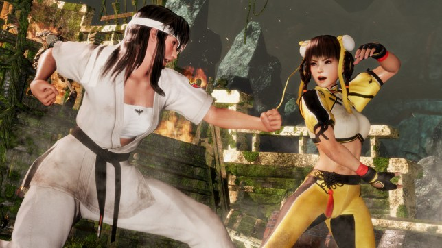 Dead Or Alive 6 - sensibly dodging out of the way