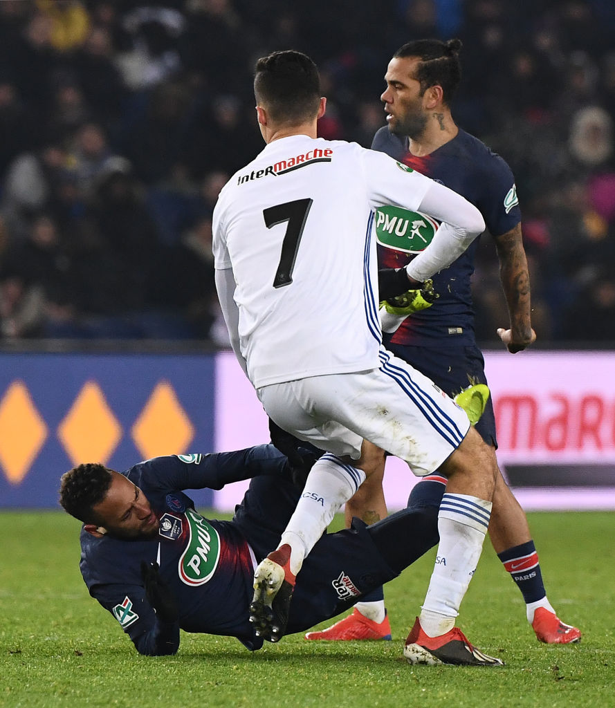 Neymar can expect rough treatment from Manchester United, warns Thierry Laurey