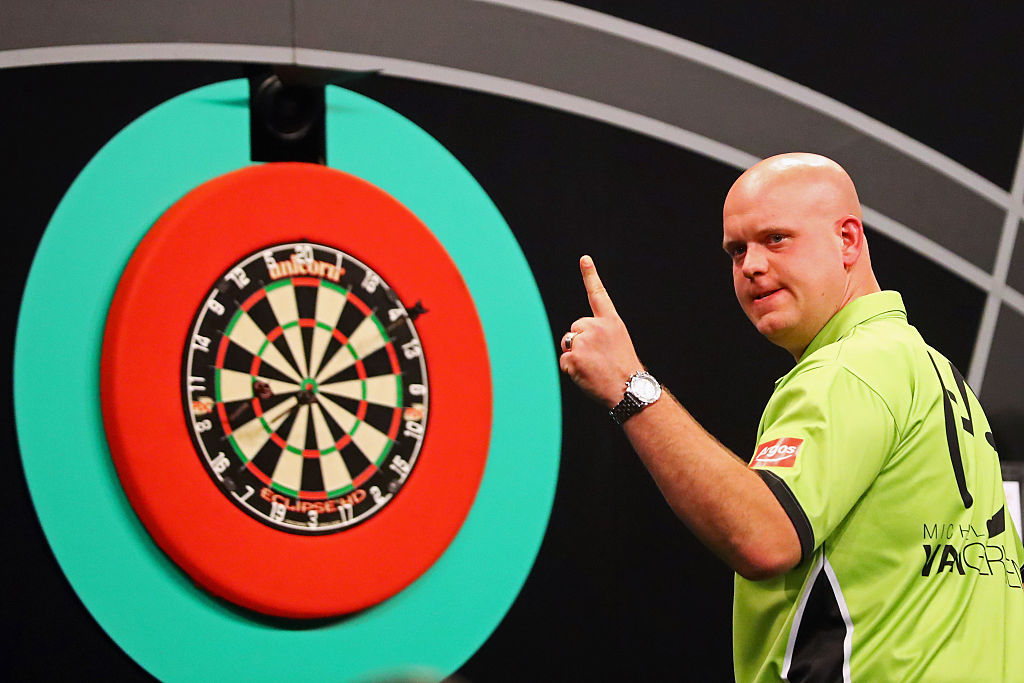 Michael van Gerwen to skip Players Championships 5 and 6 as Gary Anderson remains out
