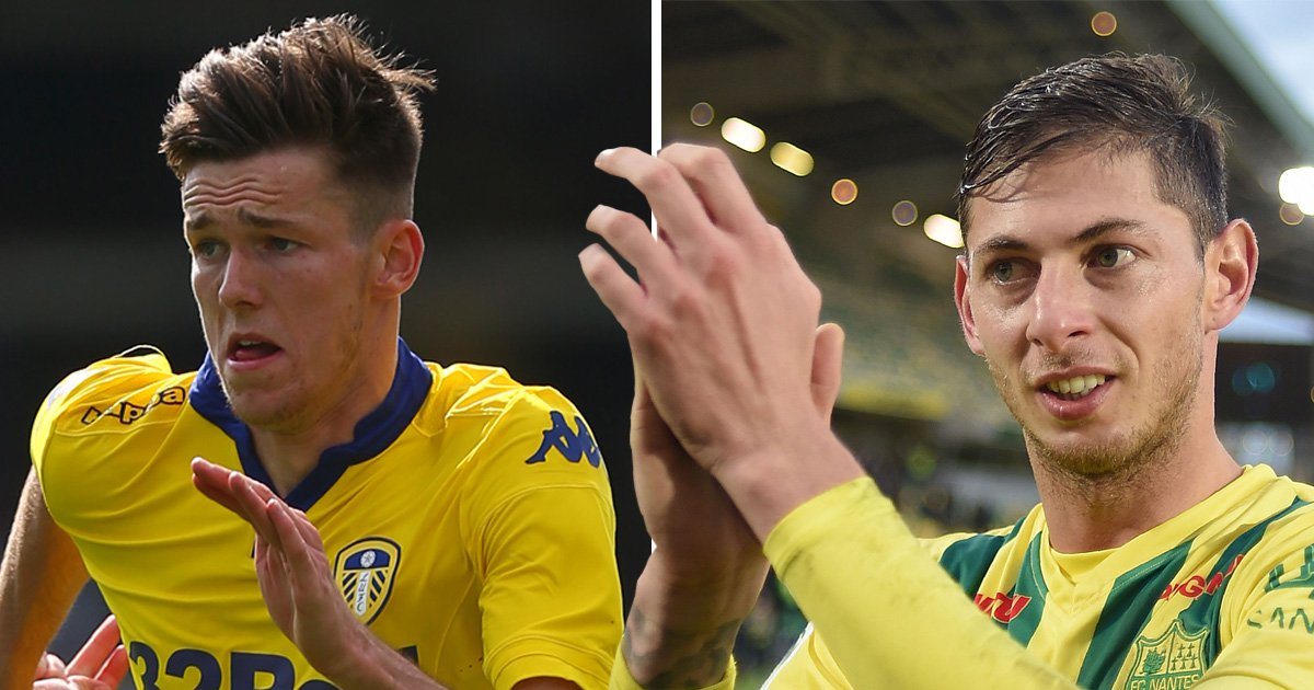 Texts show Emiliano Sala planning doomed flight with Cardiff City player