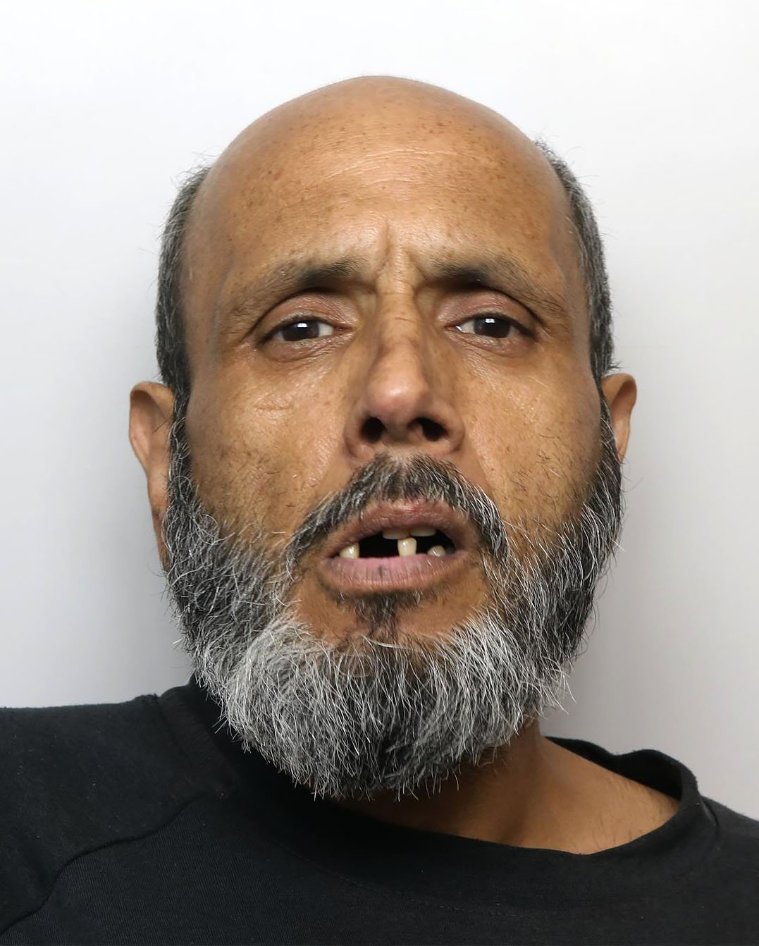 Copyright Ben Lack Photography Ltd Rogue Allah Ditta who has been jailed for a Tesco cash card fraud that allowed him to shop in Tesco for free running up a bill of almost ??60,000 after a software glitch. Words Mark Branagan. Pic Ben Lack 07970 850611 ??150 minimum use, irrespective of any previous use. ??50 for internet use, irrespective of any previous use.