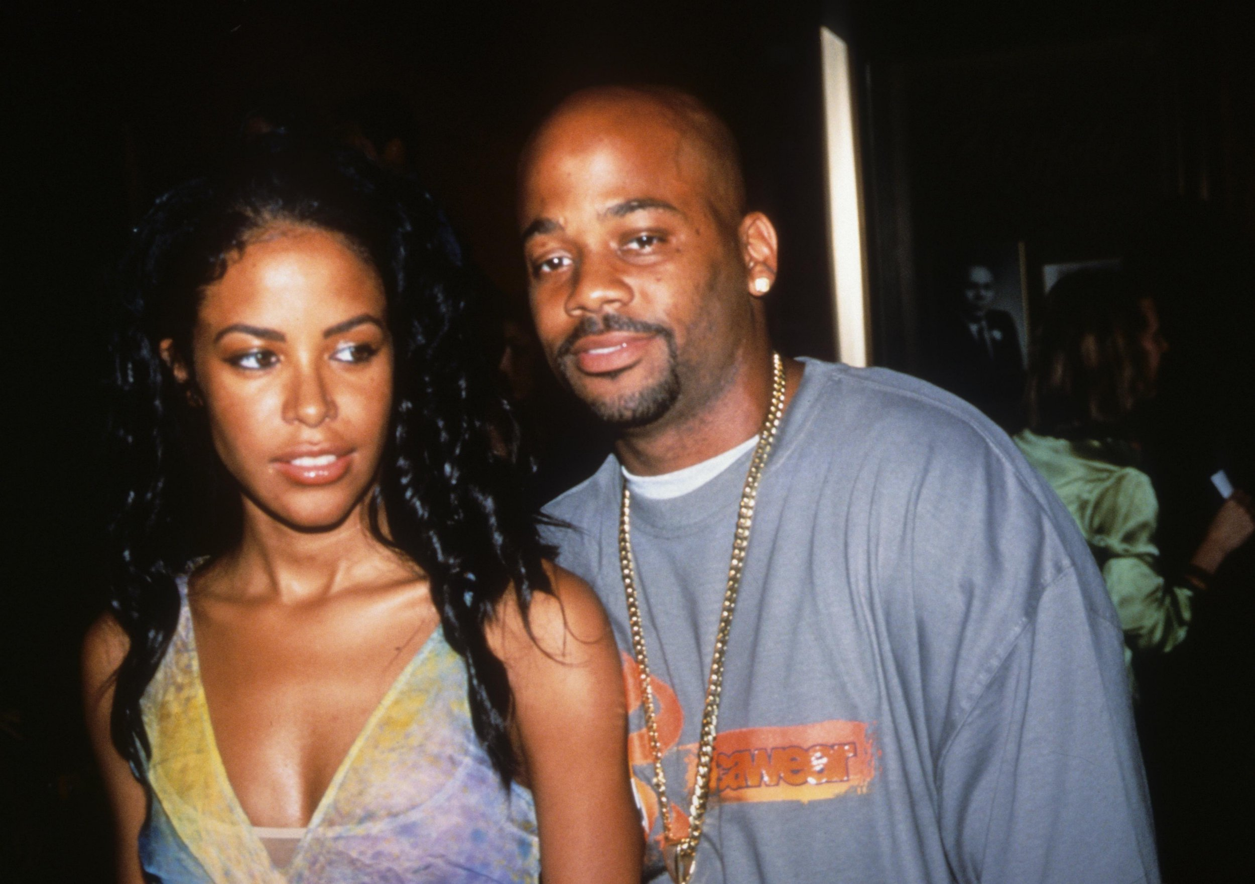 Singer Aaliyah (1979 - 2001) and Damon Dash (b.1971) attend the premiere of 'Planet of the Apes' at the Zeigfeld Theatre in New York, 2001. (Photo by Steve Eichner/Getty Images)