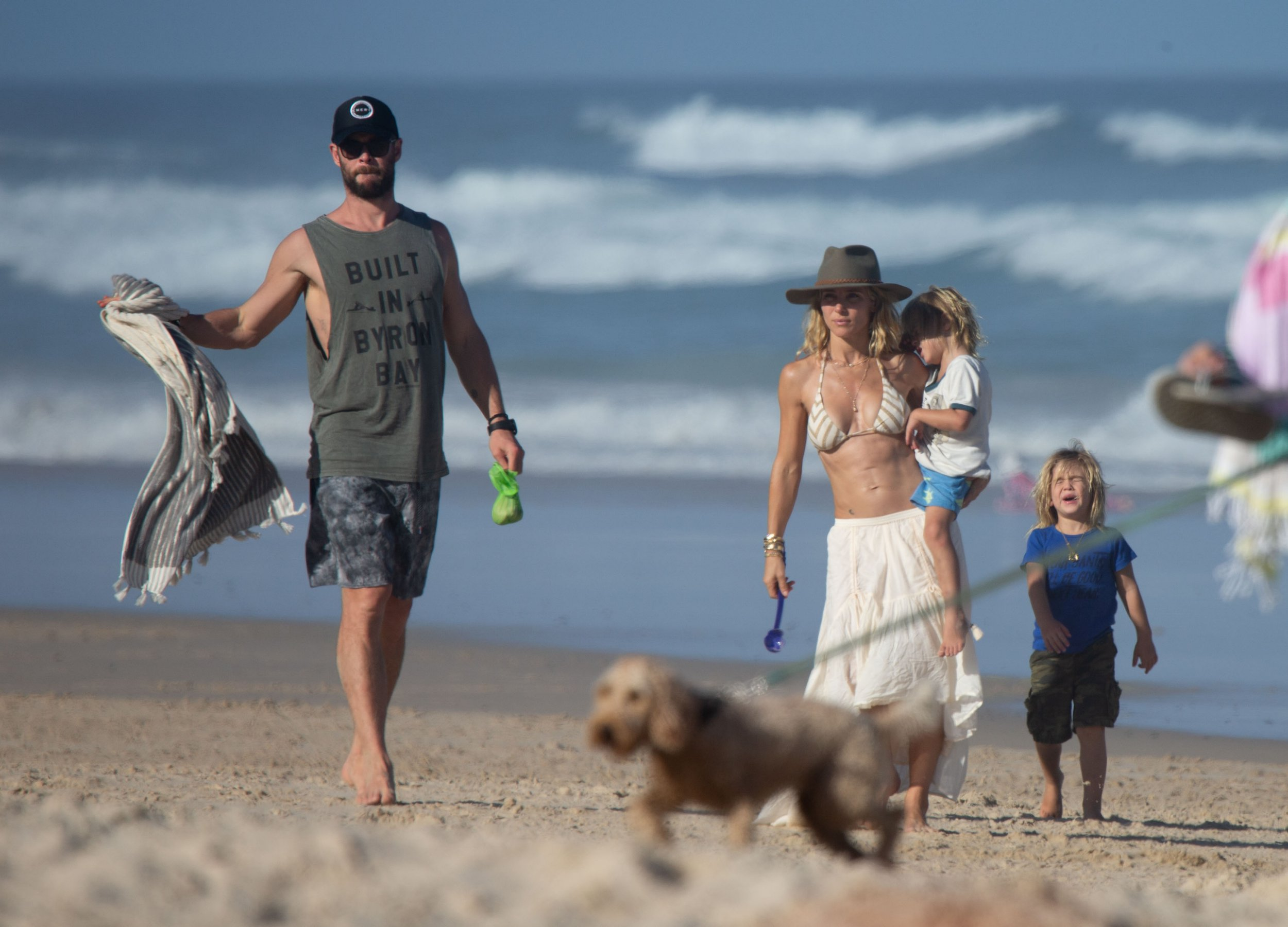 EXCLUSIVE: * Online Set Fee 250 GBP * * UK Print Min Fee 250 GBP Per Pic - Double Fees Page 1 * *NO MAIL ONLINE* Chris Hemsworth and Elsa Pataky head straight to the beach with their children, after arriving back in Australia following Liam Hemsworth and Miley Cyrus' wedding in USA. Pictured: Chris Hemsworth,Elsa Pataky Ref: SPL5053645 080119 EXCLUSIVE Picture by: Media-Mode / SplashNews.com * Online Set Fee 250 GBP * * UK Print Min Fee 250 GBP Per Pic - Double Fees Page 1 * Splash News and Pictures Los Angeles: 310-821-2666 New York: 212-619-2666 London: 0207 644 7656 Milan: 02 4399 8577 photodesk@splashnews.com World Rights, No Australia Rights, No New Zealand Rights, No Spain Rights