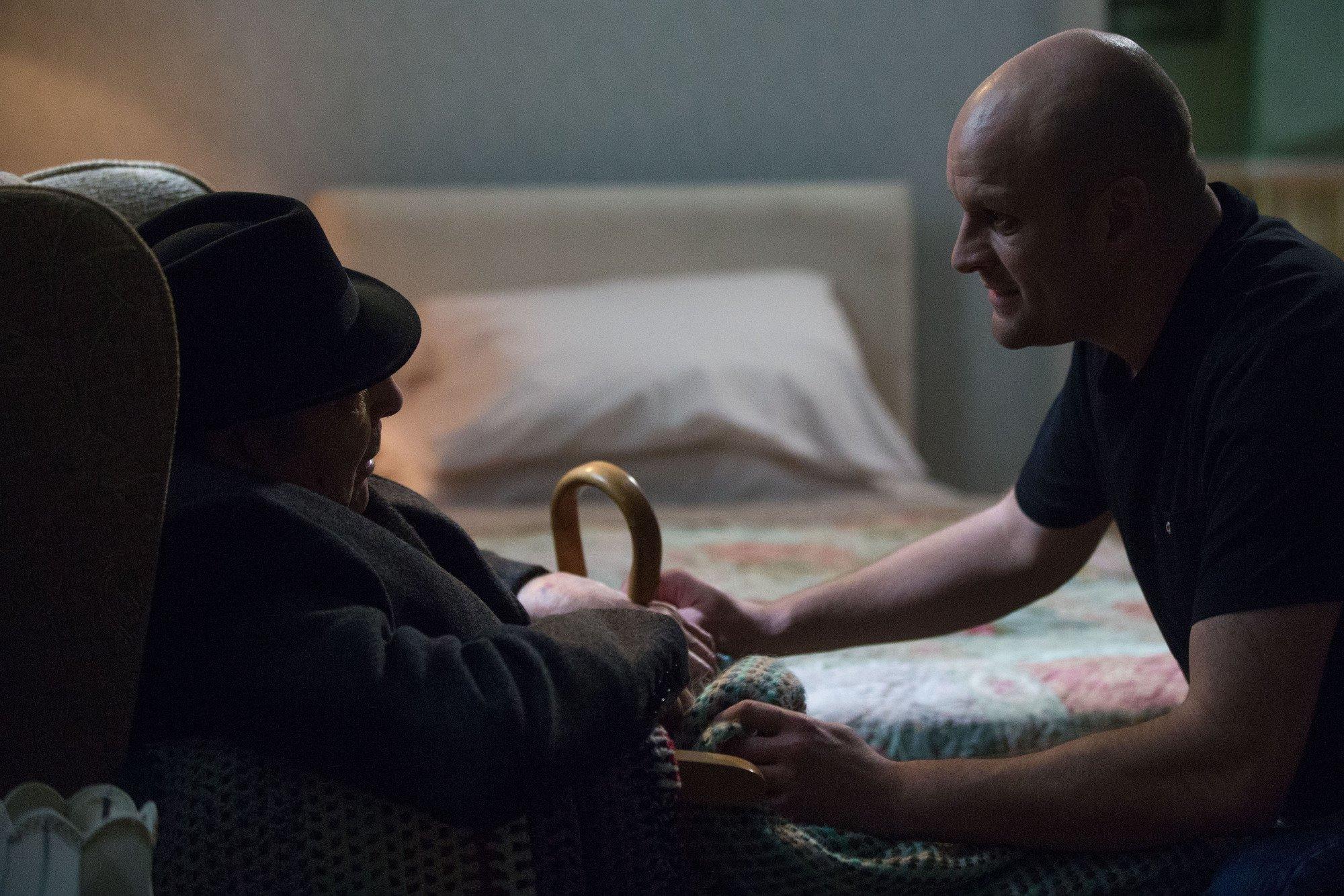 EastEnders spoilers: Evil Stuart kills Dr Legg in horror death storyline?