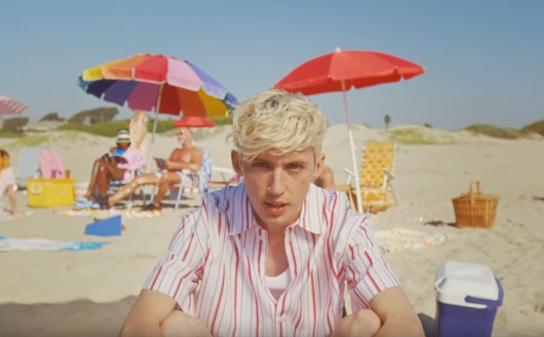 Troye Sivan drops Lucky Strike MV and everyone is having a meltdown