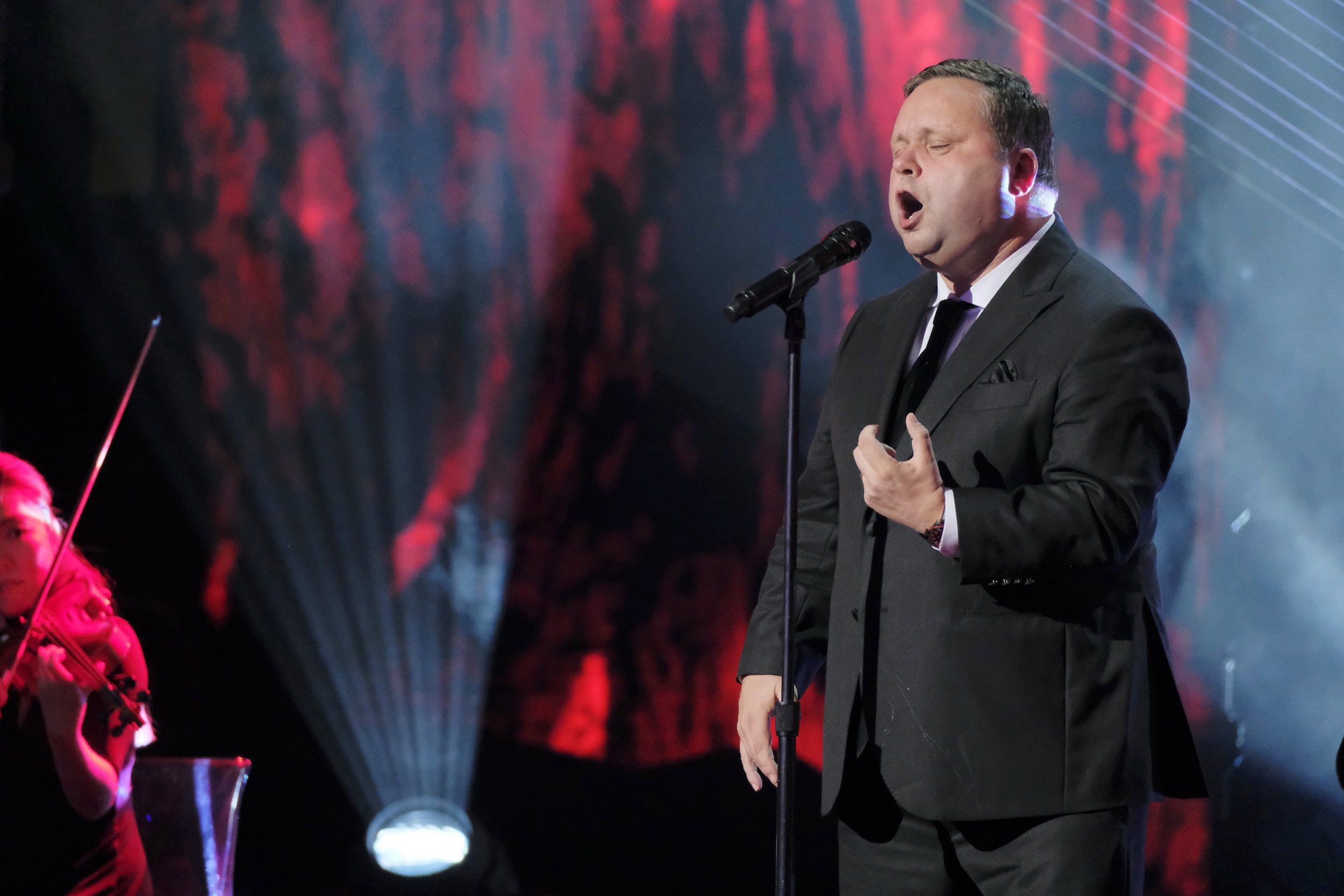 When did Paul Potts win Britain's Got Talent and what is his net worth?