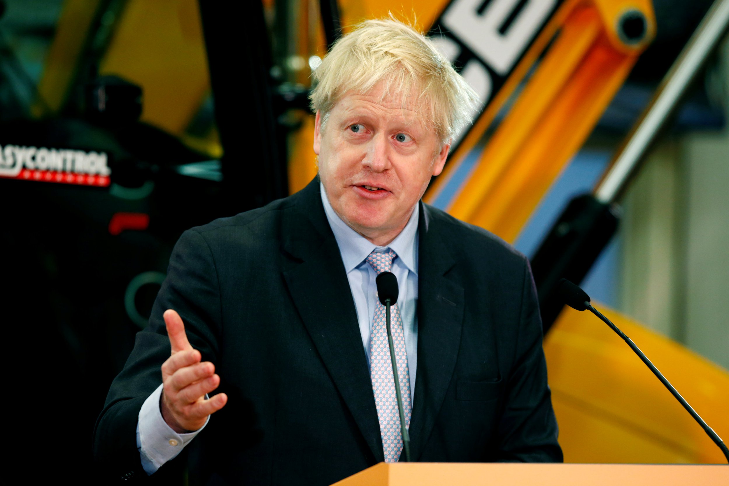 Former British Foreign Secretary Boris Johnson gives a speech at the JCB Headquarters in Rocester, Staffordshire, Britain, January 18, 2019. REUTERS/Andrew Yates