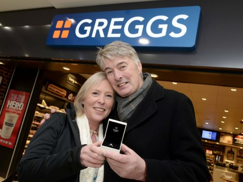 Man proposes to his girlfriend over a sausage roll and a cup of tea in their local Greggs