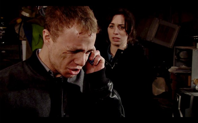 Clayton terrifies Shona in Coronation Street