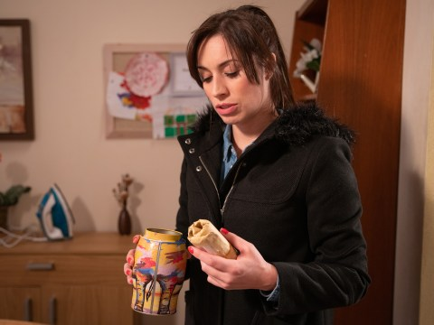 Coronation Street spoilers: Who will die as Shona lies covered in blood in David's arms?