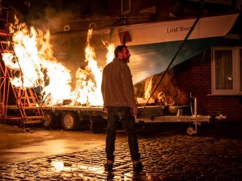 Coronation Street spoilers: Simon Barlow dies in horrific boat fire tonight?