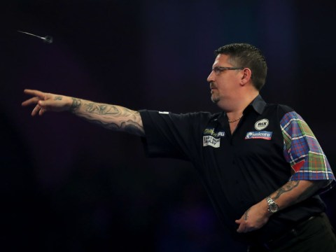 Gary Anderson to make return to darts from back injury at UK Open this weekend