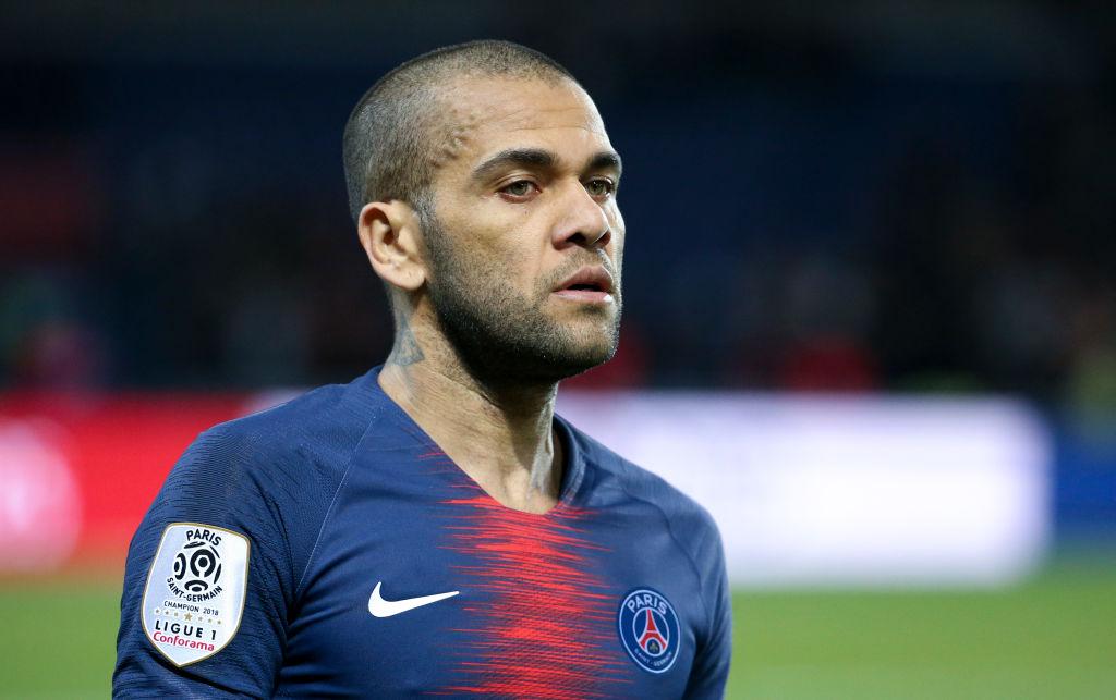 Dani Alves lining up Premier League move when Paris Saint-Germain deal expires