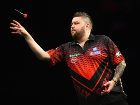 Michael Smith battles 'unfair' Glasgow crowd and held to draw by Peter Wright in the Premier League