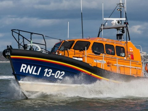 Empty dinghy and lifejackets found off Kent coast sparks search for migrants
