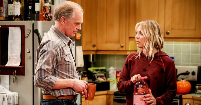 """""""The Donation Oscillation"""" -- Pictured: Wyatt (Keith Carradine) and Penny (Kaley Cuoco). Penny tries to seduce an abstaining Leonard to ruin his """"donation"""" for her ex-boyfriend, Zack (Brian Thomas Smith), and his wife, Marissa (Lindsey Kraft). Also, Wolowitz, Bernadette, Anu (Rati Gupta) and Koothrappali turn Koothrappali's canceled bachelor party into a couple's trip aboard the """"vomit comet,"""" on THE BIG BANG THEORY, Thursday, Feb. 7 (8:00-8:31 PM, ET/PT) on the CBS Television Network. Keith Carradine returns as Penny's father, Wyatt. Photo: Michael Yarish/Warner Bros. Entertainment Inc. ?? 2019 WBEI. All rights reserved."""