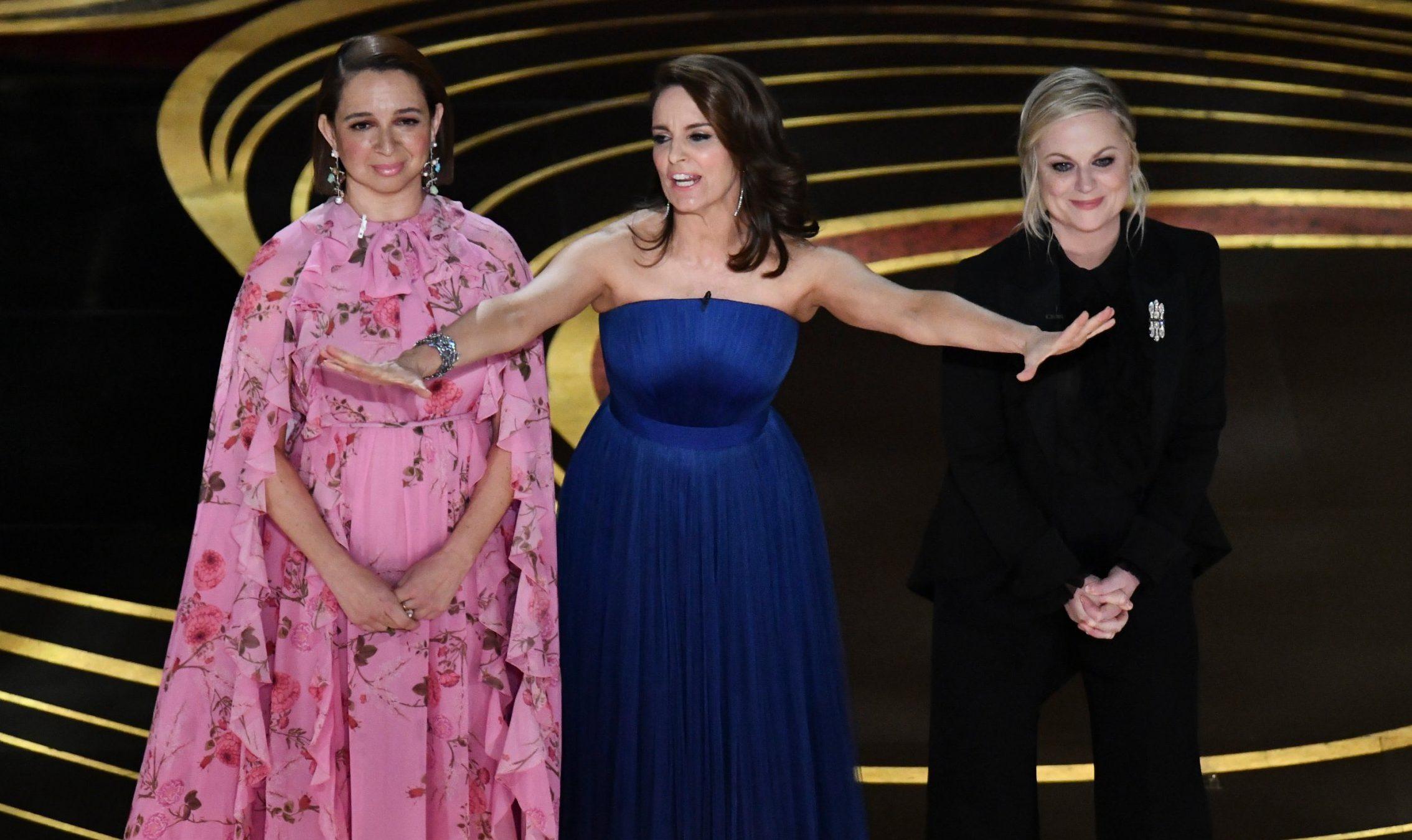 Mandatory Credit: Photo by Rob Latour/REX (10112915aj) Maya Rudolph, Tina Fey and Amy Poehler 91st Annual Academy Awards, Show, Los Angeles, USA - 24 Feb 2019