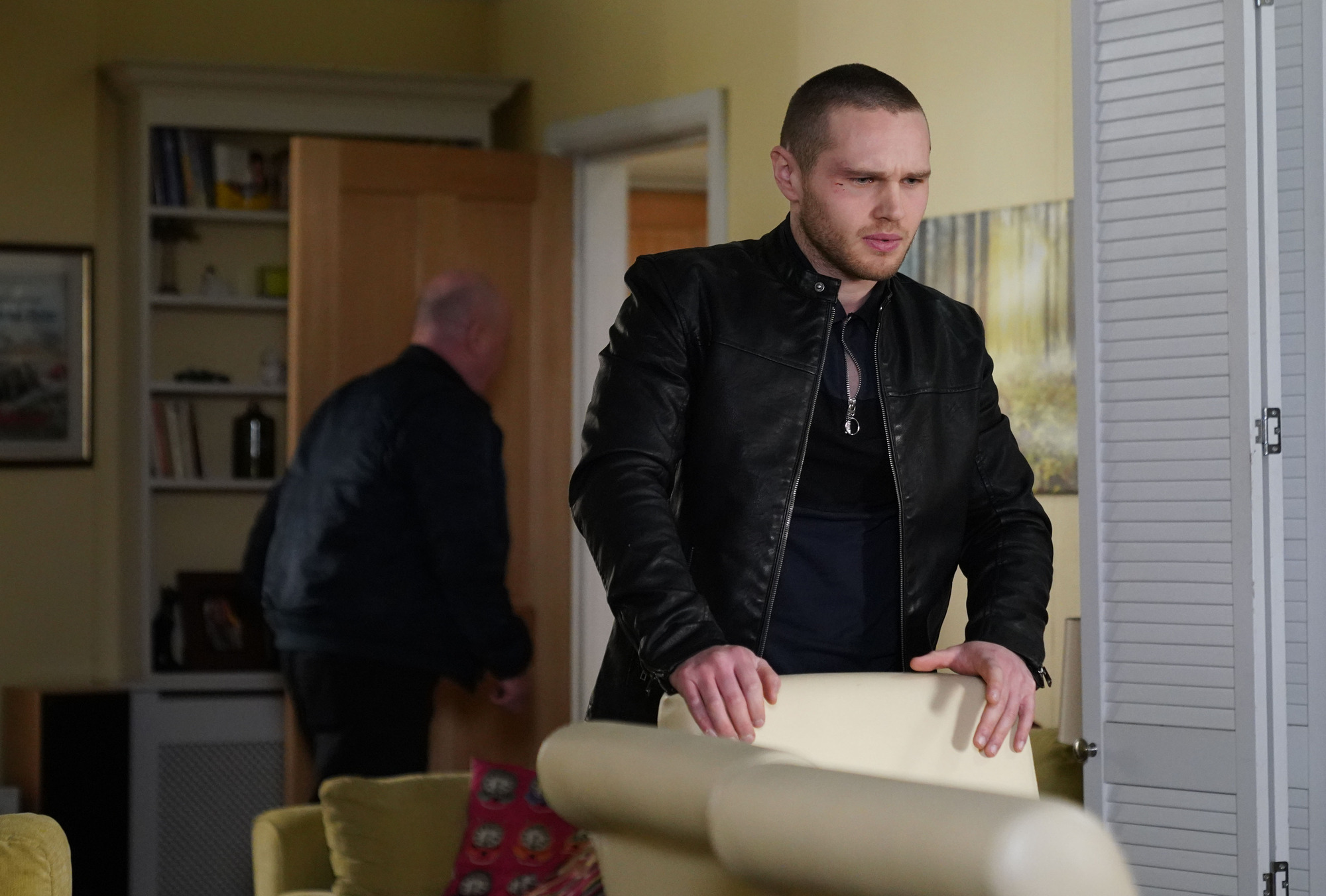 EastEnders spoilers: Keanu Taylor risks his life to save Louise from Phil Mitchell's dodgy scheme