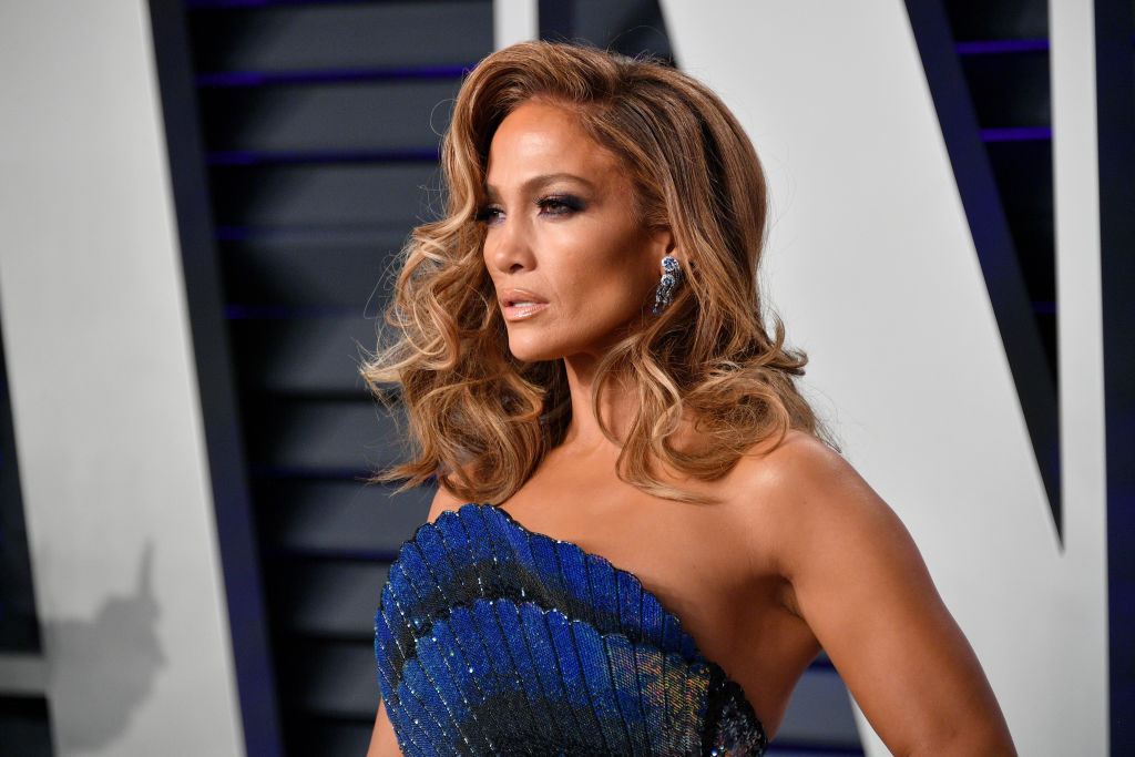 Jennifer Lopez thinks all men under the age of 33 are useless