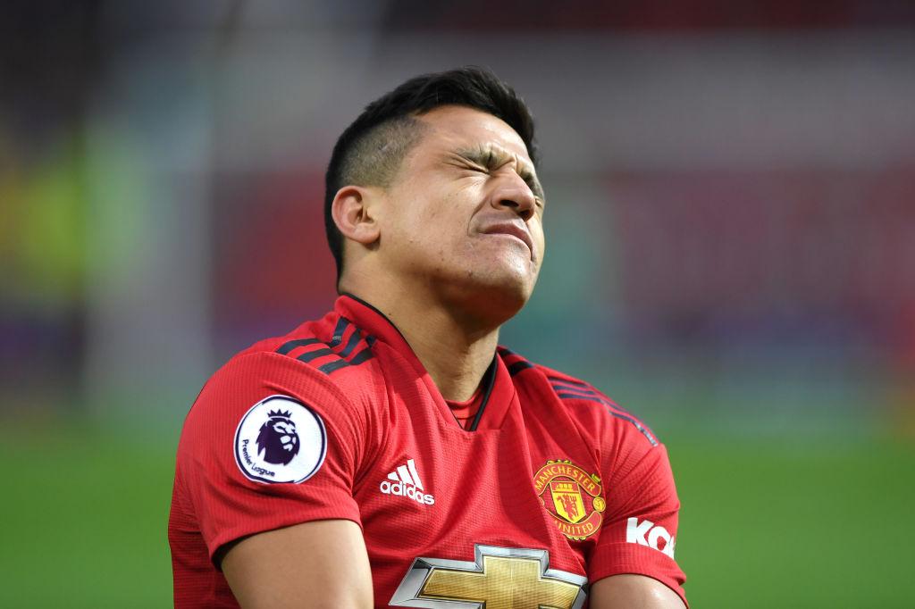 Solskjaer reveals Alexis Sanchez fears and names return date for injured Manchester United star
