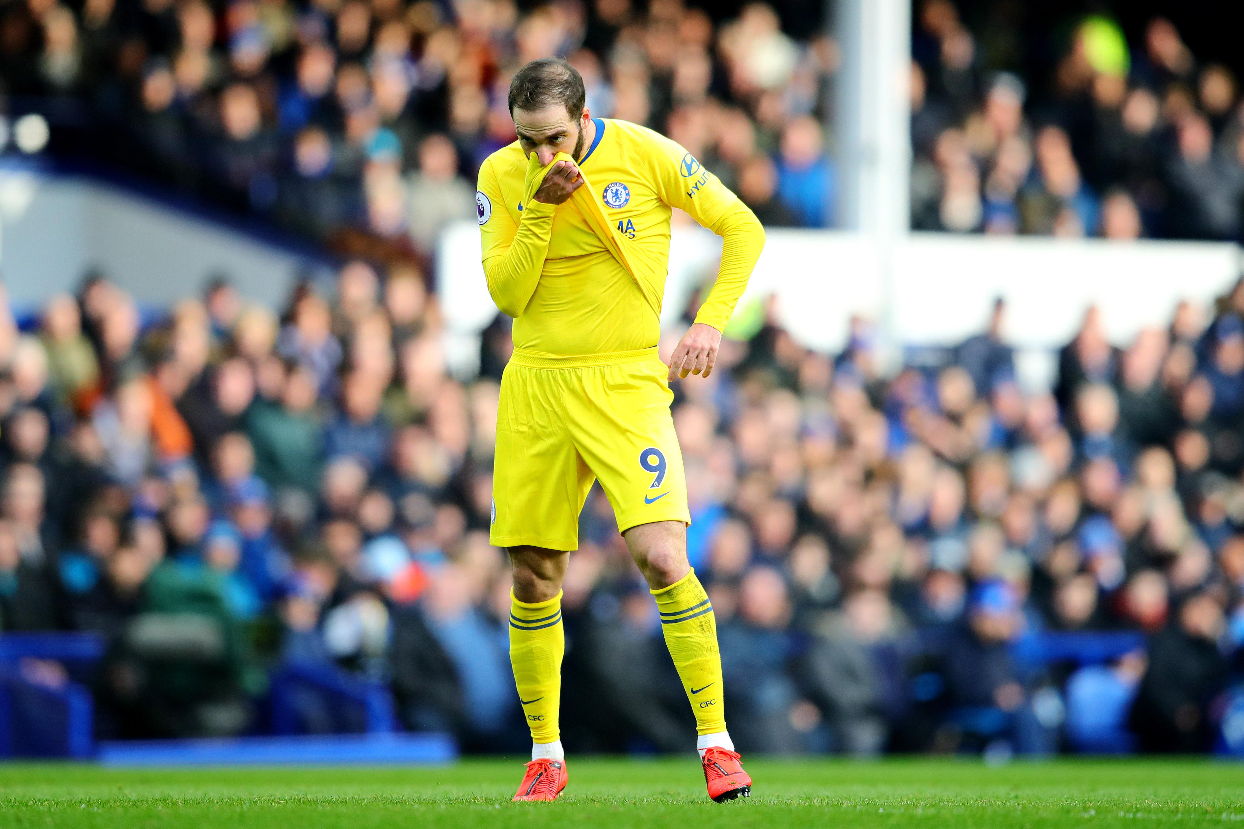 Maurizio Sarri reveals what Gonzalo Higuain has told him about Chelsea struggles