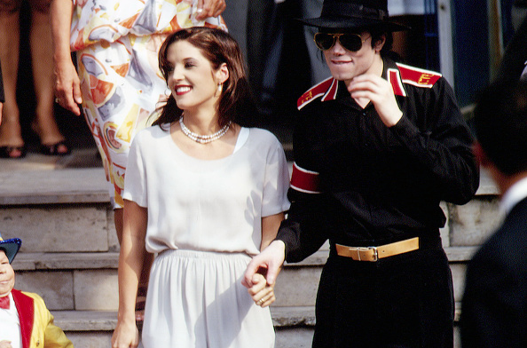 Michael Jackson 'never loved' ex-wife Lisa Marie Presley: 'He thought he could manipulate her'