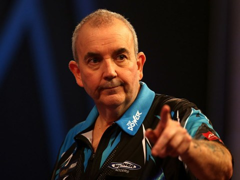 Phil Taylor to face women's world champion Mikuru Suzuki in globe-spanning darts match