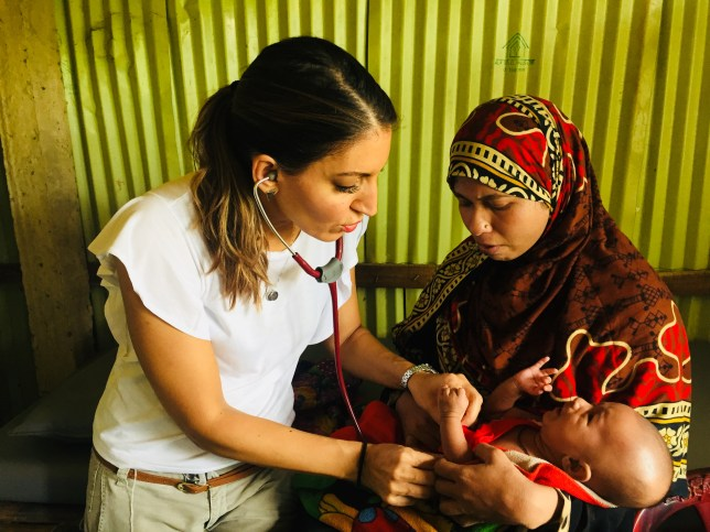 Dr Rosena Allin-Khan MP visits a camp for Rohingya women