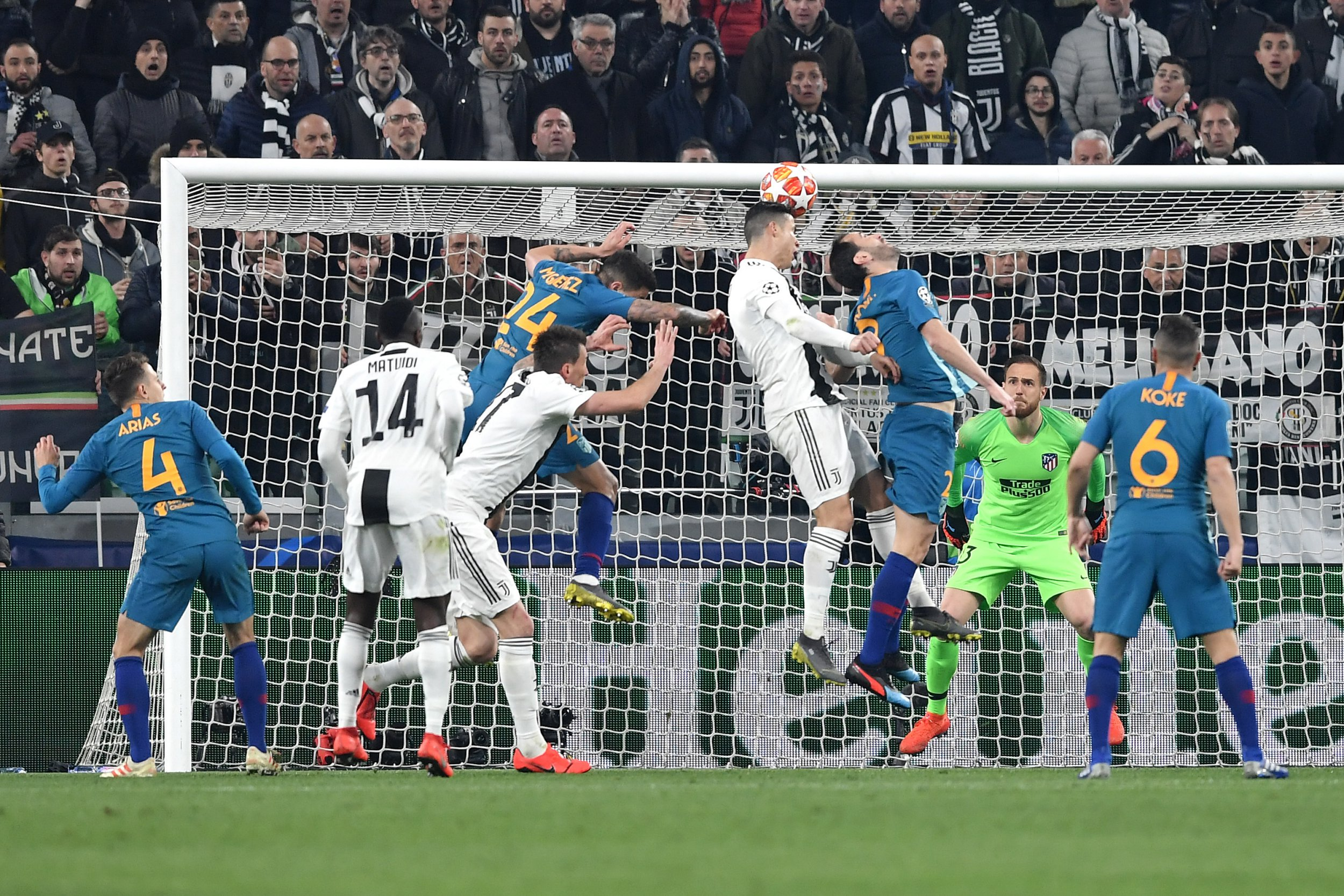 SIPA USA via PA Images Cristiano Ronaldo of Juventus scores goal of 2-0 during the Uefa Champions League 2018/2019 round of 16 second leg football match between Juventus and Atletico Madrid at Juventus stadium, Turin, March, 12, 2019 Foto Andrea Staccioli / Insidefoto/Sipa USA
