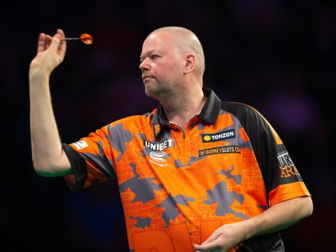 Raymond van Barneveld topples Phil Taylor in charity match for NHS