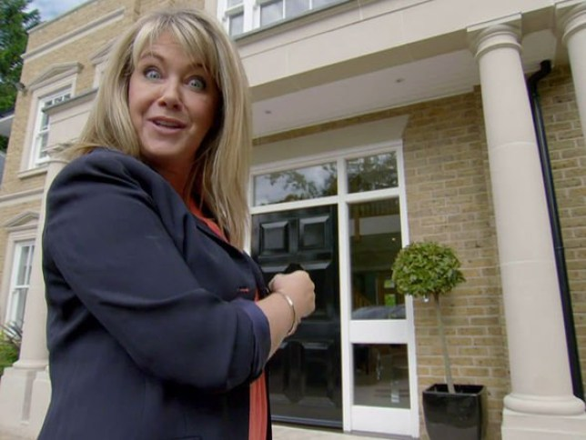Homes Under The Hammer host Lucy Alexander defended by presenter over s***e remark