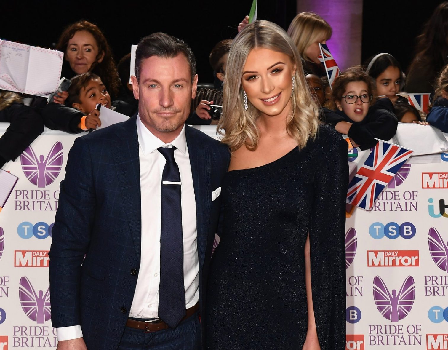 Dean Gaffney has split from his girlfriend