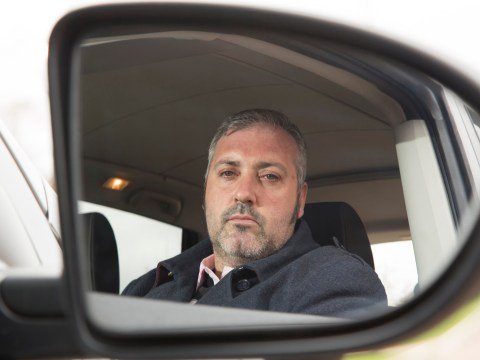 Man who hasn't looked at his reflection in months opens up about phobia of mirrors