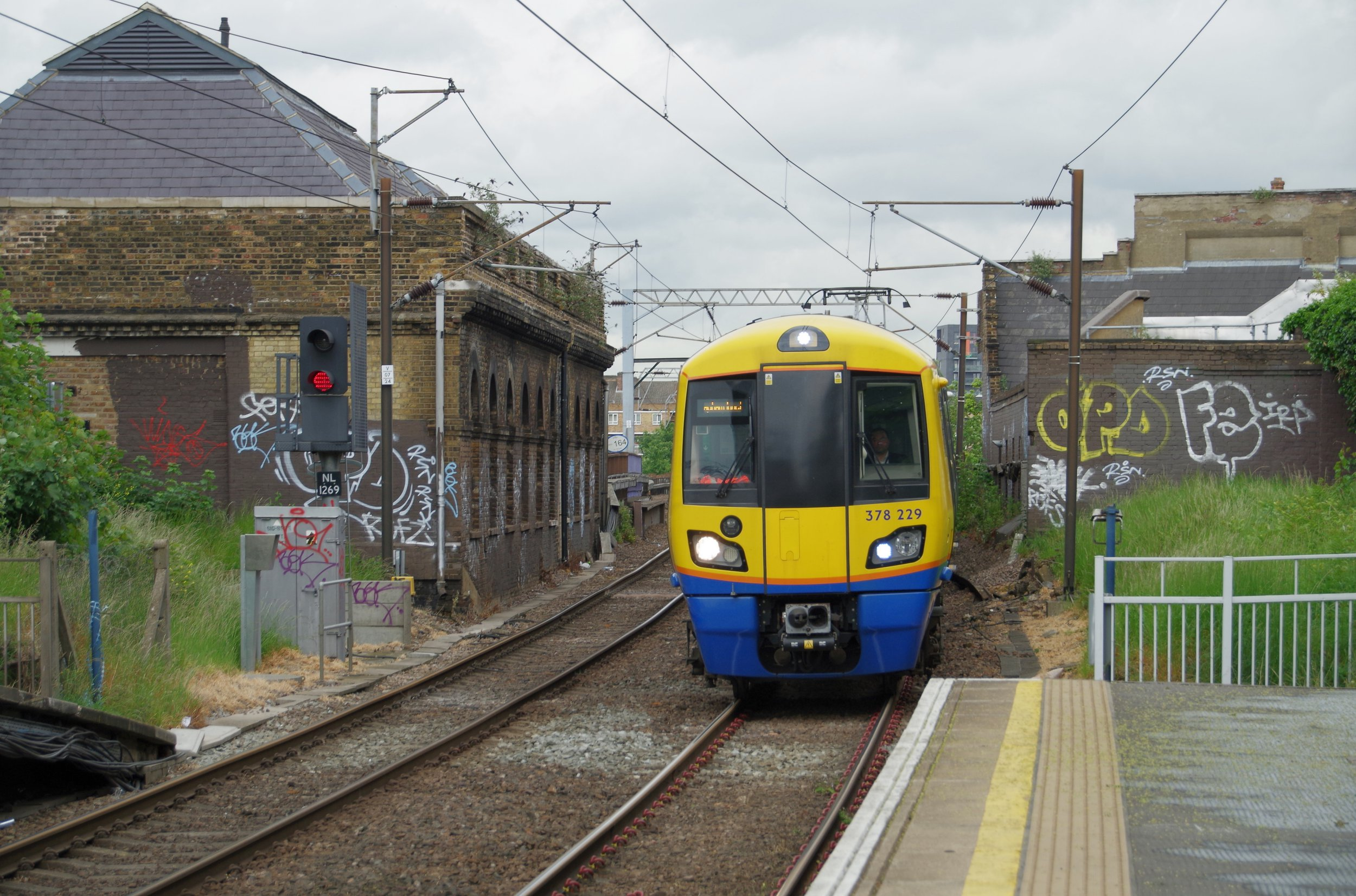 "London Overground class 378 ""Capitalstar"" EMU 378229 arrives at Hackney Central, working a Stratford to Clapham Junction service."