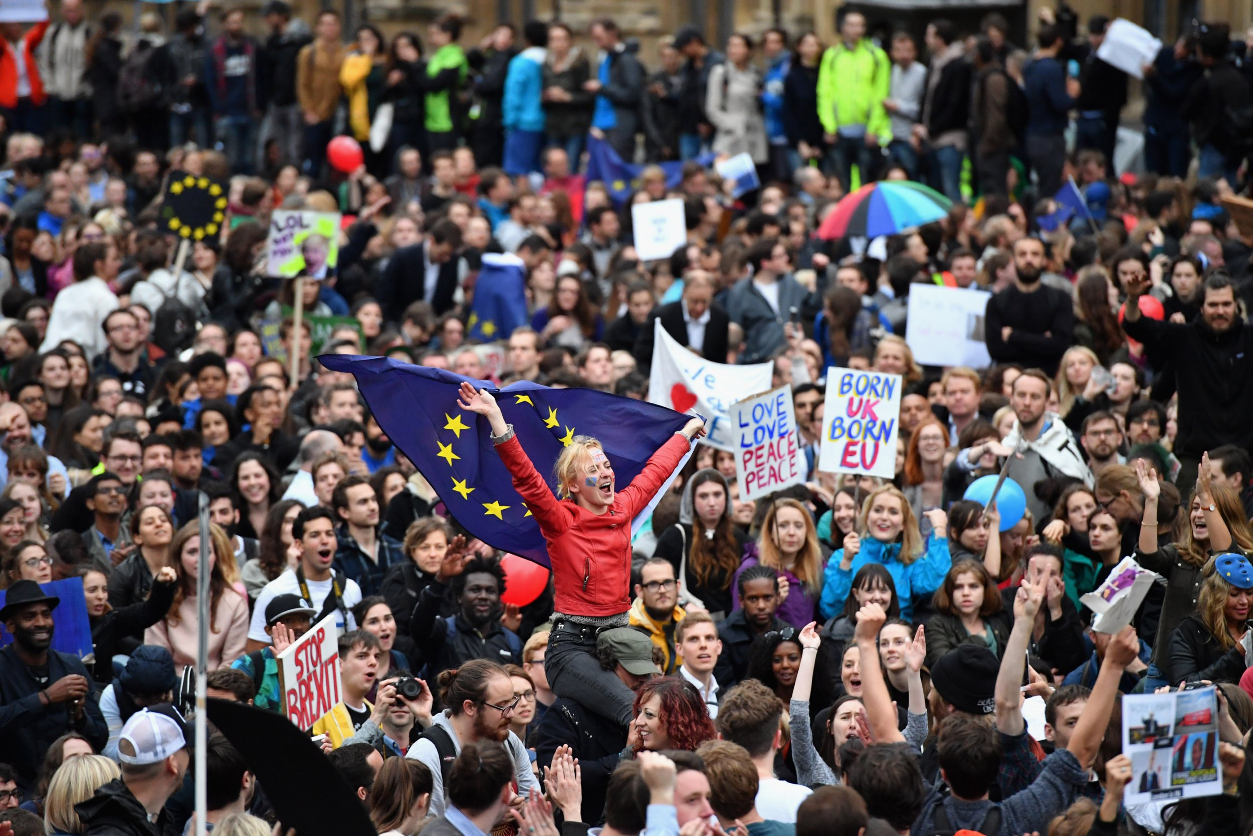 LONDON, ENGLAND - JUNE 28: Protesters demonstrate against the EU referendum result outside the Houses of Parliament on June 28, 2016 in London, England. Up to 50,000 people were expected before the event was cancelled due to safety concerns. In the early evening a crowd still convereged on the square to vent their anti-Brexit feelings, before the protest moved to the Houses of Parliament. (Photo by Jeff J Mitchell/Getty Images)