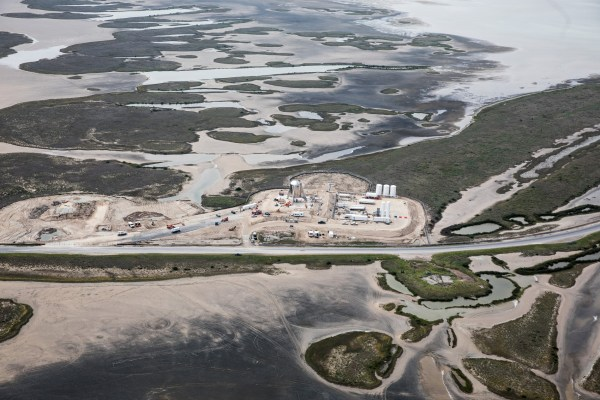 ***HOLD FOR CHEYENNE U.S. SCIENCE** Friday, March 22, 2019 - BOCA CHICA, TEXAS, USA Aerial view of the SpaceX Starhopper on the launch pad in Boca Chica, Brownsville, Texas. Work continues as Elon Musk prepares to test the prototype for the first time, with a short 'hop'. Photo: James Breeden for DailyMail.com