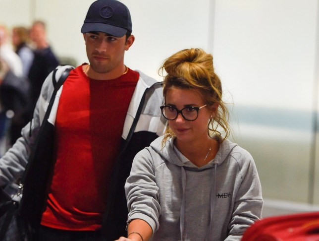 BGUK_1527621 - london, UNITED KINGDOM - Dani Dyer and Jack Fincham arrive back in London from Thailand. Dani looks downcast as is it revealed they now live in separate houses. Pictured: Dani Dyer and Jack Fincham BACKGRID UK 25 MARCH 2019 UK: +44 208 344 2007 / uksales@backgrid.com USA: +1 310 798 9111 / usasales@backgrid.com *UK Clients - Pictures Containing Children Please Pixelate Face Prior To Publication*