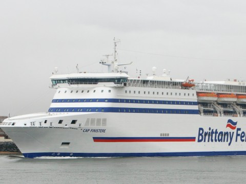 No-deal ferry crossings get underway despite Brexit delay