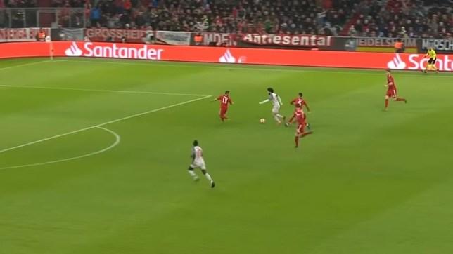 Liverpool news: Mohamed Salah ignores pass to Sadio Mane versus Bayern Munich