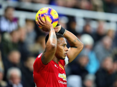 Manchester United make final decision on Antonio Valencia as contract deadline passes