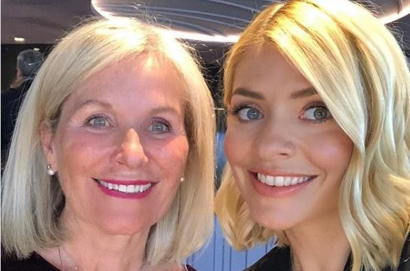 Holly Willoughby and mum Linda look like twins thus proving neither of them age