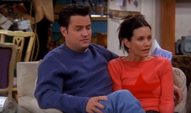 How did we all miss this Friends cameraman hiding in the back of Monica's apartment?