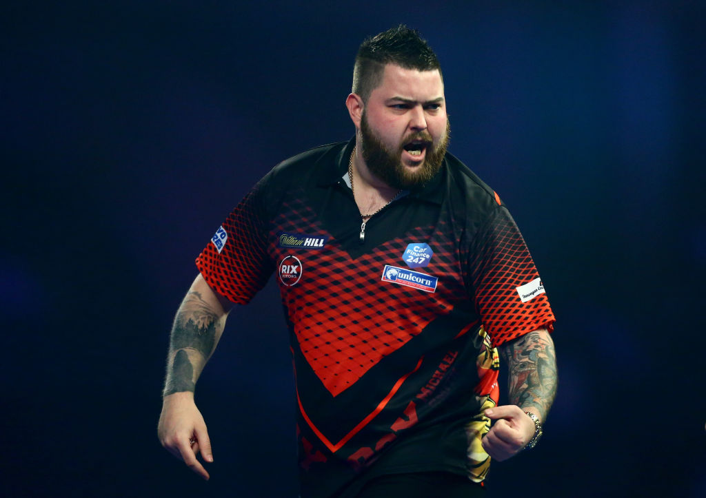 Michael Smith prepares for Premier League Darts Liverpool with unique tattoo session