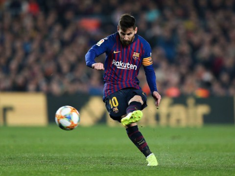 How many free-kicks has Lionel Messi scored compared to Cristiano Ronaldo?