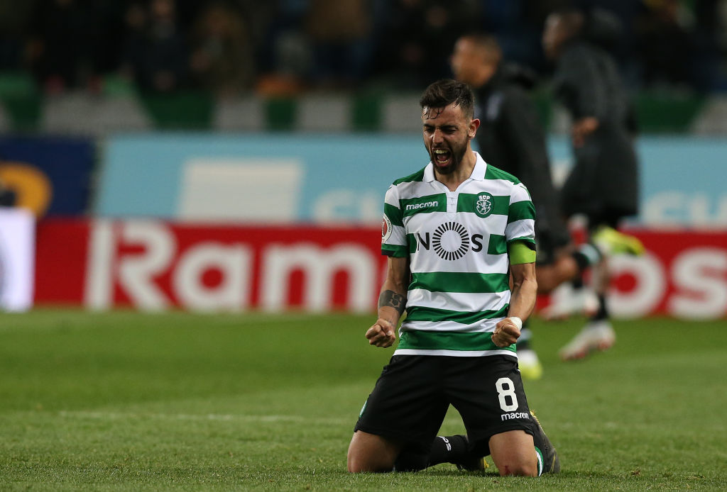Bruno Fernandes drops to his knees to celebrate