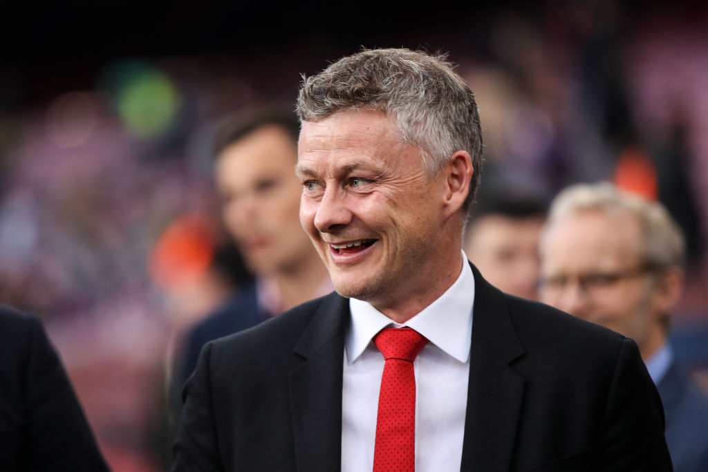 Manchester United agree to let Ole Gunnar Solskjaer overhaul squad with at least five new signings