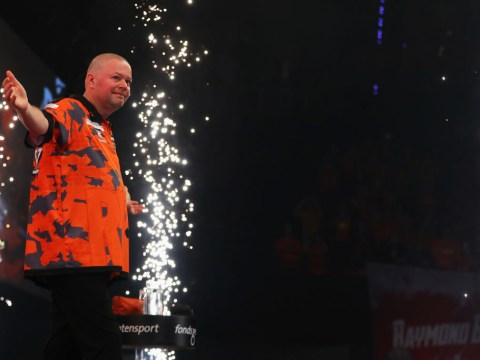 Raymond van Barneveld will not retire from darts at the end of the season, reckons Michael Smith